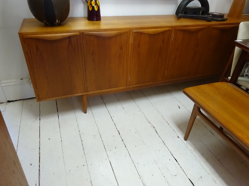 Chiswell extra long sideboard 243cm in teak Red Rider : DSC04483 from www.redrider.com.au size 850 x 638 jpeg 104kB
